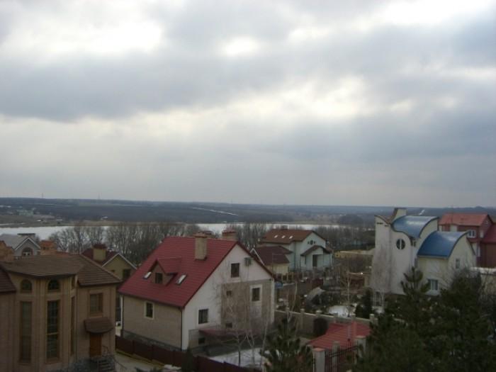 Продам недостроенный дом (2007г.) в тихом, экологически чистом районе г.Донецка. 622597