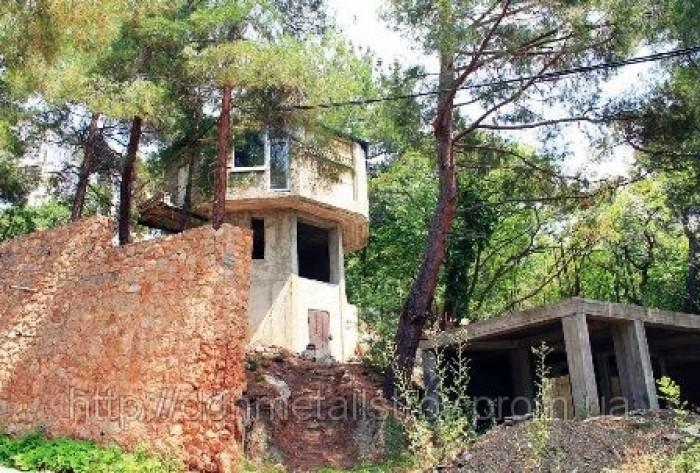 Продам имущественный комплекс на берегу моря. Недострой.Общая площадь 2800 кв.м. 642435