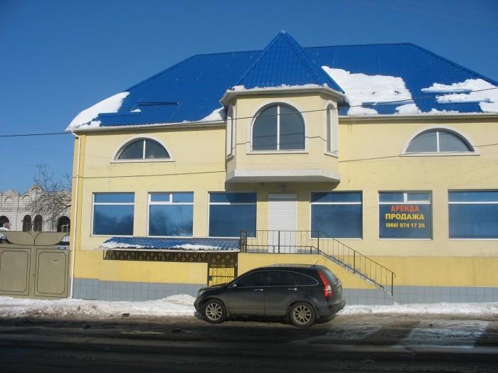 Новый трехэтажный дом 600 кв.м., отдельно стоящее огорожено забором, 10 соток зе 642447