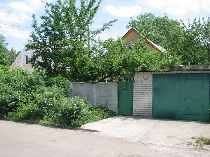 Продам приватизированный прямоугольный участок 3,2 сотки в районе Материка. Расп 631324