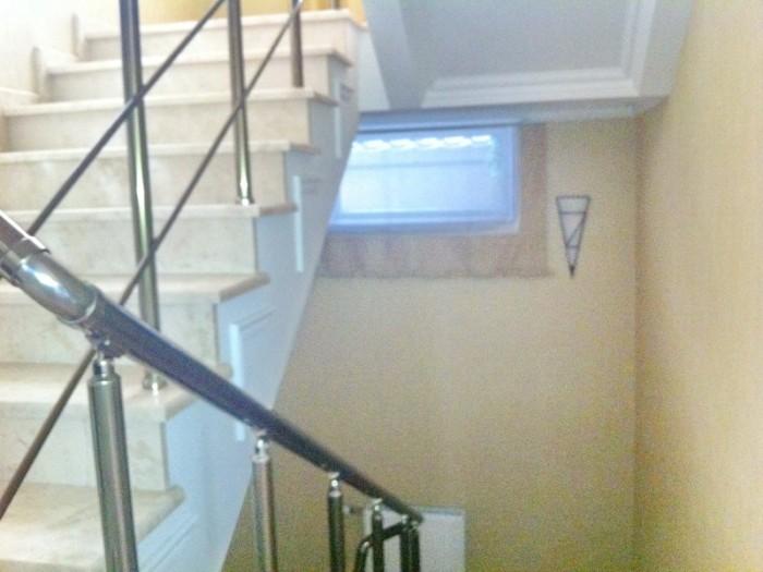 Продается новый 2-х этажный дом на ул.Макаренко. Общая площадь 300 кв.м. Сделан  622715