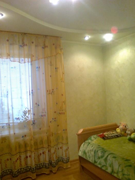 Квартира находится на четвертом этаже девятиэтажного кирпичного дома,в районе кв 616239