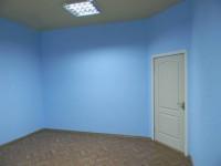 Сдаются помещения в центре города. 28 м кв с евроремонтом (натяжной потолок, жал 642203