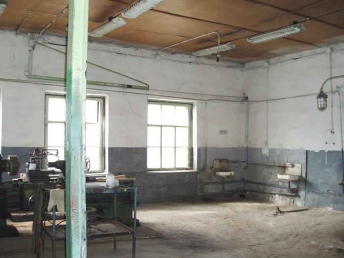 Производственная база по ул. Дзержинского (р-н 5 углов)    Общ. площадь: 626,3 к 642624
