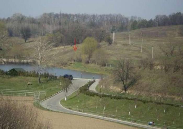 Лесники. Единственный участок в Лесниках под застройку с выходом к озеру по хоро 631397