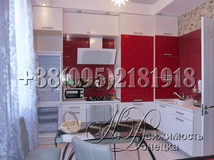 Ремонт европейского уровня по дизайн-проекту. Кухня совмещена с гостиной, есть г 616574