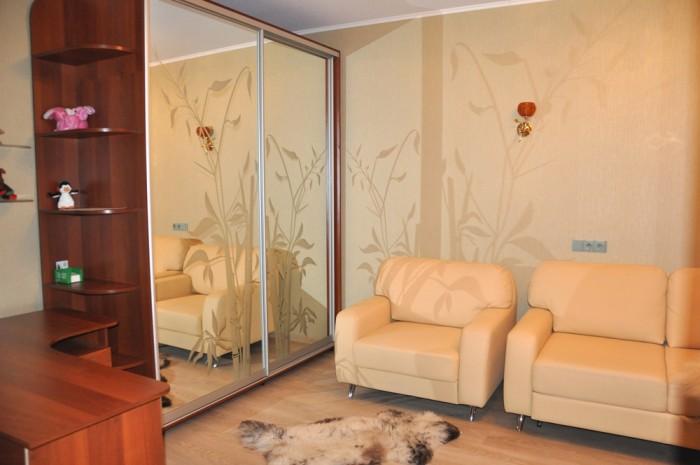 Продам 1-комнатную квартиру с евро ремонтом и мебелью, пр.Петровского, 45 дом.Ок 616621