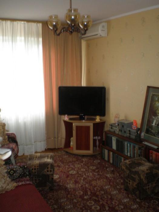 Продам однокомнатную квартиру, малосемейка. Ялта, ул. Грибоедова. 4/5 этаж, газо 616711