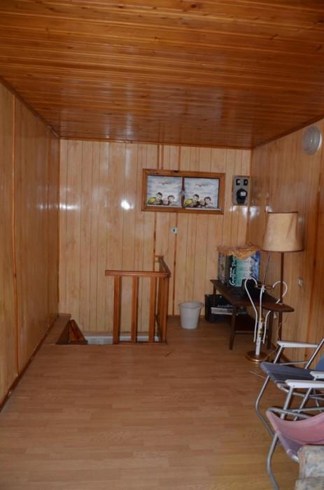 Продам курень в г. Ильичёвск. 2 этажа. 1-й этаж - кухня, 2-й - спальня. Великоле 622919