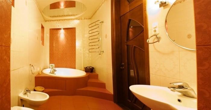 Сдам 4-х комнатную квартиру в центре. Ул. Мироносицкая, второй этаж. 200 м 2. по 616900