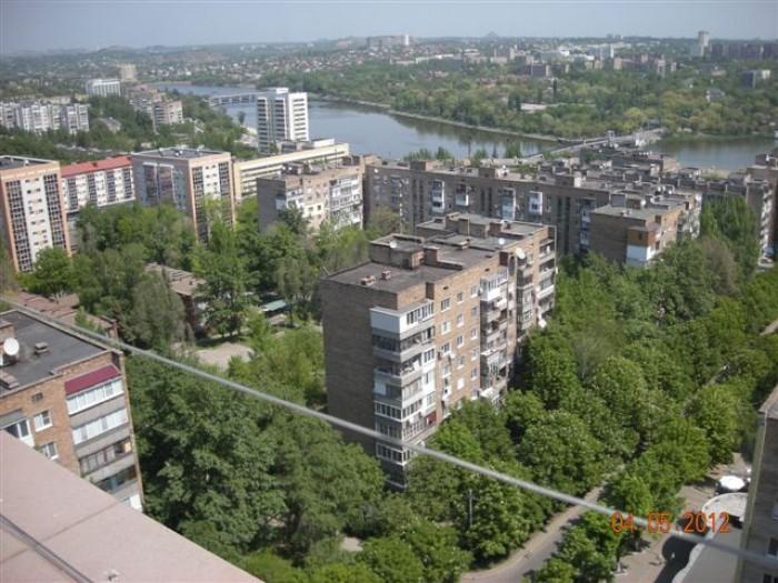 Уникальная огромная квартира, недалеко от площади Ленина. Дом   кирпичный, комна 617032