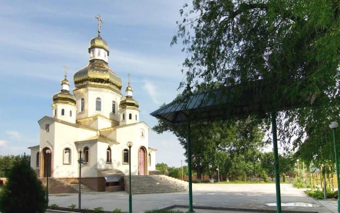 п.Кировское, район церкви, у Леса. Дом, построенный для себя по индивидуальному  623029