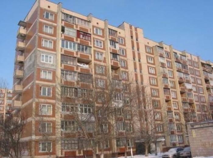 Продам свою однокомнатную квартиру в г.Киев по ул.Булгакова, дом  8  на 4 этаже  617113
