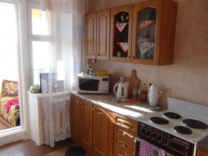 косметический ремонт,жилая площадь комнаты увеличена за счет ниши (убрана кладов 617143