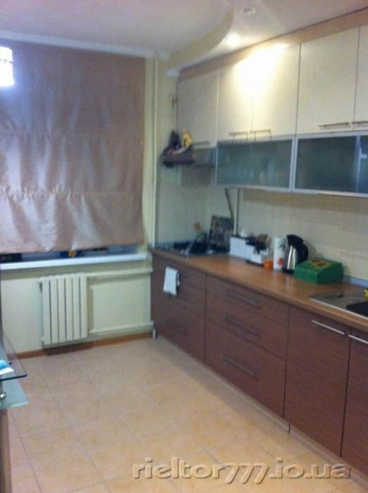 Тёплая и шикарная 3-х комнатная квартира городо расположена на 6-ом этаже 9-ти э 617149