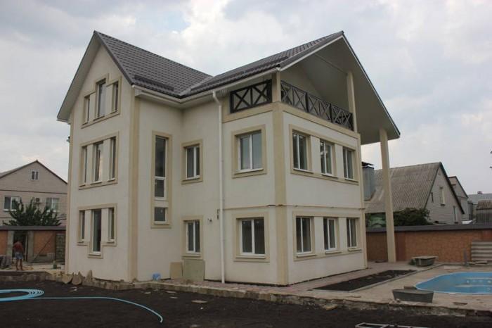 Продам отличный новый дом, в Жовтневом р-не, ул. Ушакова, р-н 10 пол-ки, 2010 г. 623071