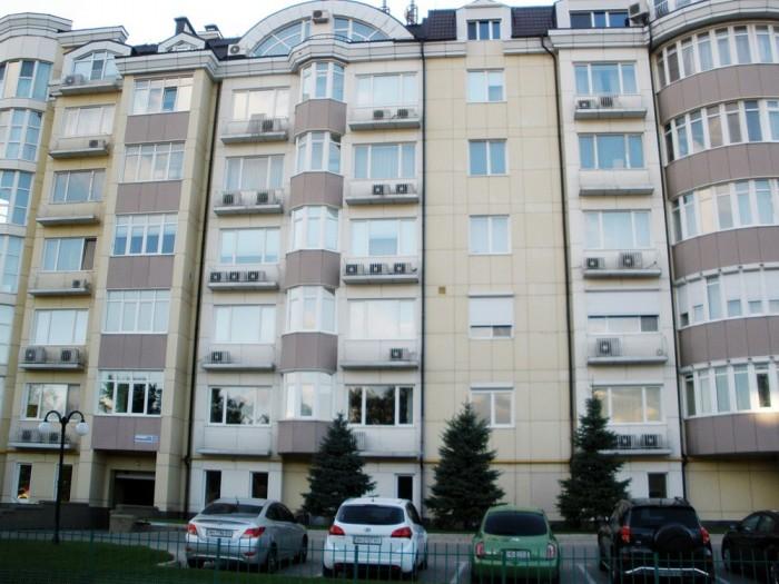 Четырехкомнатная квартира в элитном новострое в Куйбышевском р-не, отель Прага у 617197