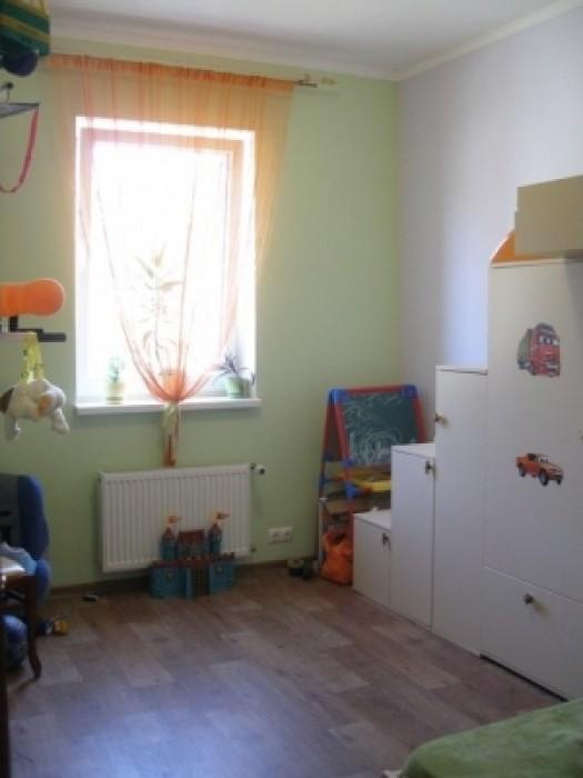 Продается уютная 2-х комнатная квартира, на 2 этаже 3-этажного нового кирпичного 617212