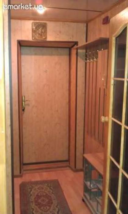Продаю 3 к.к. с дизайнерским ремонтом на ул.Молодогвардейской. 3 этаж 5го дома.  617274