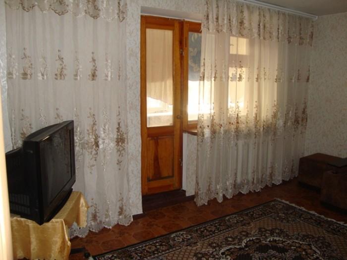 Сдаю свою 2-х комнатную квартиру в высотном доме по ул.Филатова академика кафе С 617406