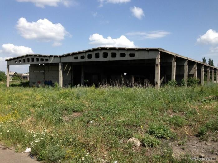 Здание незавершенного строительства свободного назначения.Имеется проект под баз 642919