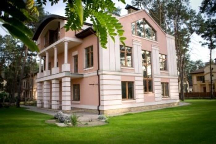 2-х этажный кирпичный дом с мансардой, с фасадной отделкой и утеплением, в дейст 623172