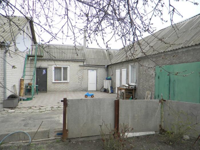 Дом и земля приватизированы, один хозяин, на участке есть артезианская скважина  623205