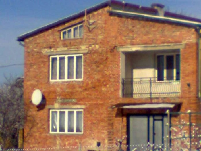 Продам  новый  жилой дом,2-а этажа, общая площадь 181м.кв.,5 комнат,  кухня 14 м 623221