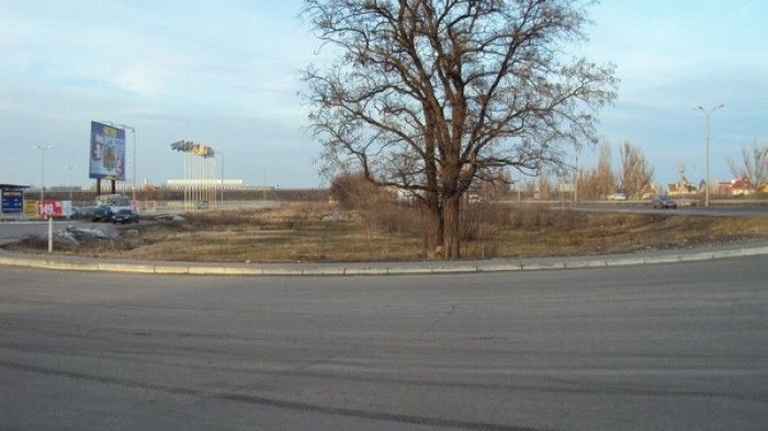 Земельный участок под строительство коммерческой недвижимости от 70 соток до 2 г 631615