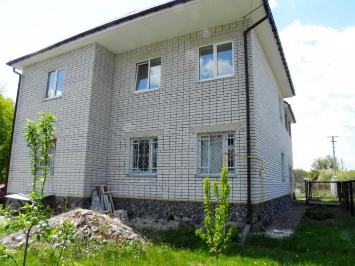 Орловщина, Дом 300 кв.м, кирпич (толщина стен 54см), крыша м/черепица, 2 полных  623232