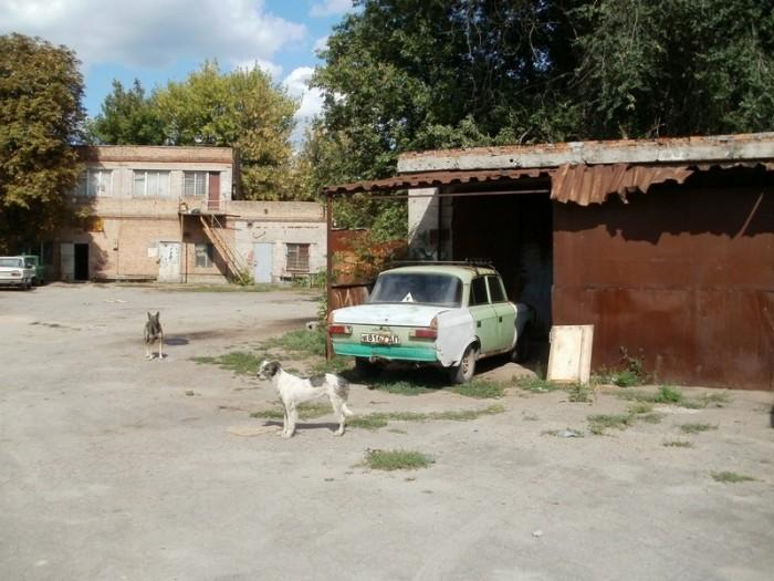 производственная расположена на ул. Краснопольская. Красногвардейский р-н. Земел 643042