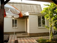 Сдам двухэтажный коттедж на 7 взрослых и 2 детских места в санаторной зоне Бердя 623011