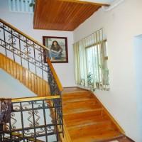Продается просторный дом на 2 входа, в чистом, ухоженном, жилом состоянии 2 этаж 623116