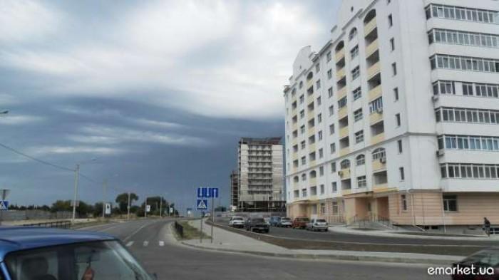 помещение,СЕВАСТОПОЛЬ, ул.Парковая 14а район банковской академии и компл Аквамар 643051