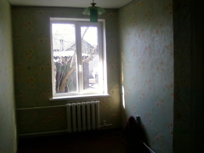 срочно продам финский дом 2 остановка от рынка Объединенный 2 раздельные комнаты 623300