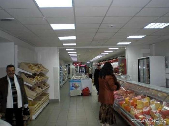 Центр города, рядом размещены центральный Дом Связи, супермаркеты, развлекательн 643113