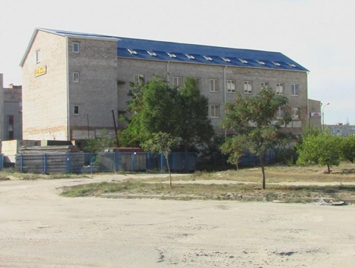 Срочно!  Продажа трехэтажного здания для бизнеса: гостиница, магазины, офисы, де 643121