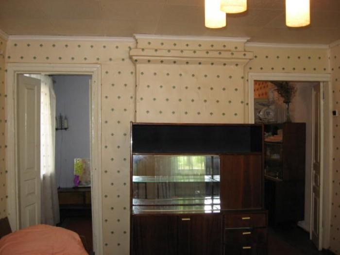Выборгская ул.,2-комн. квартира, 2/2-эт.дома, кухня и большая комната проходные, 617991