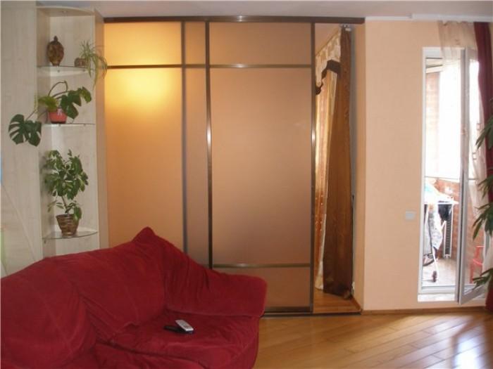 Квартира в отличном состоянии, мебель современная,на полу ламинат,окна пластик,  618061