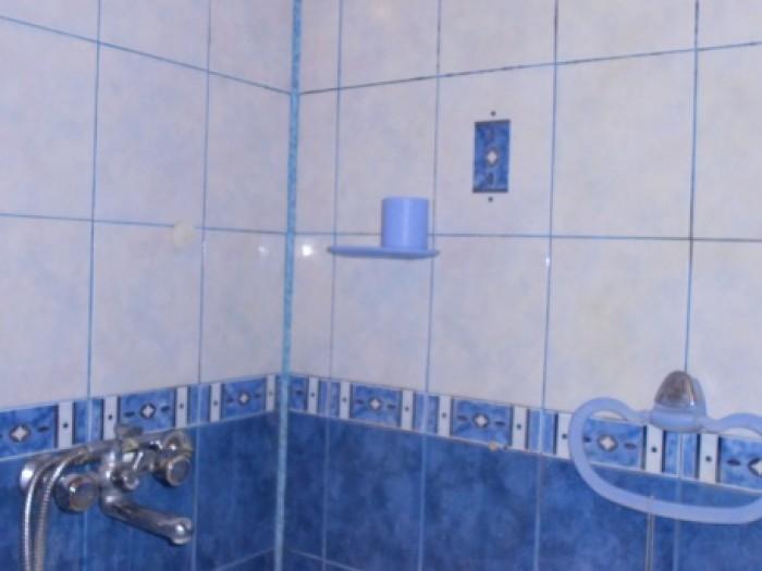 Улучшенная планировка и большая площадь. 70 кв.м. общей площади и 9 метровая кух 618064