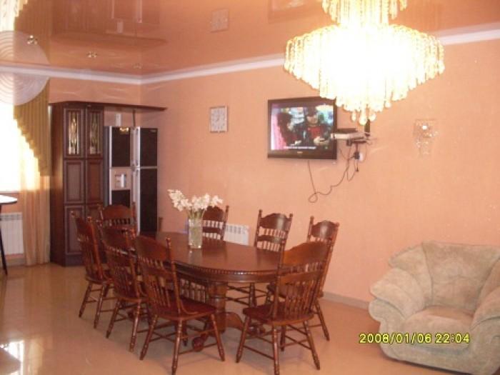 ип  домЭтажность  2  этажаПлощадь(кв.м): 290 - общая,   47.0 - кухняГод постройк 623352