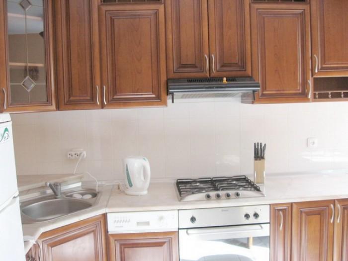 Продам 3-х уровневый дом на ул. Офицерской. Общая площадь 130 кв.м. В доме  расп 623398