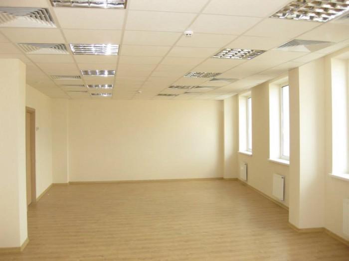 Бизнес-центр ЮТА Сервис предлагает в аренду офисы класса В+. Аренда - 108 грн/м& 643195