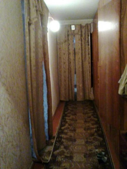 Продаем, 4-х комн. квартиру., возле озера Чеха. 2 балкона, коридор 20 м2, 2 арки 618200