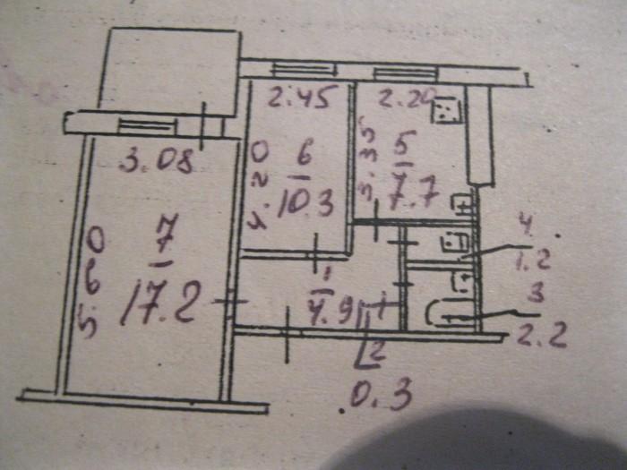 Продам 2-ком квартиру на Тополе-2