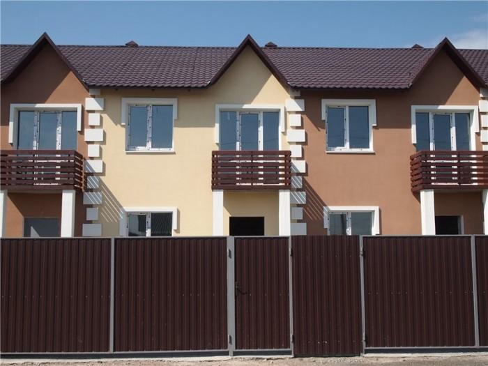 Продажа таунхауса с. Софиевская Борщаговка 3.5 км к Киеву.