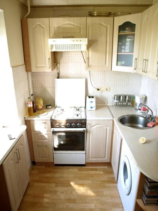Продам 2-комнатную квартиру, ул. Высоковольтная (Жовтневый р-н)
