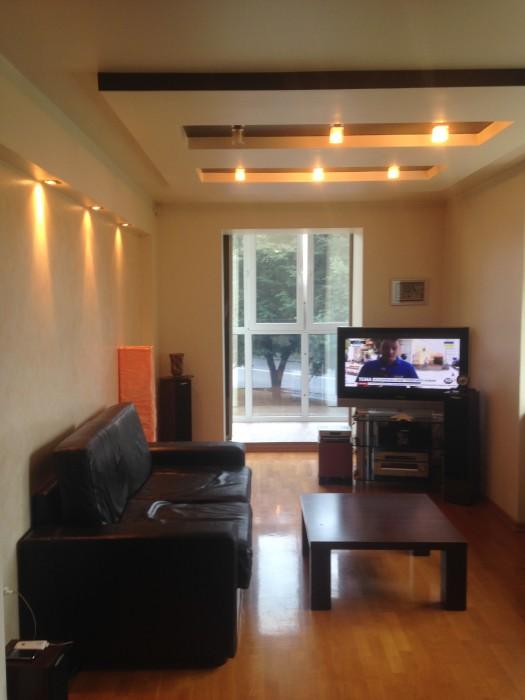 Продам меблированную квартиру в центре города