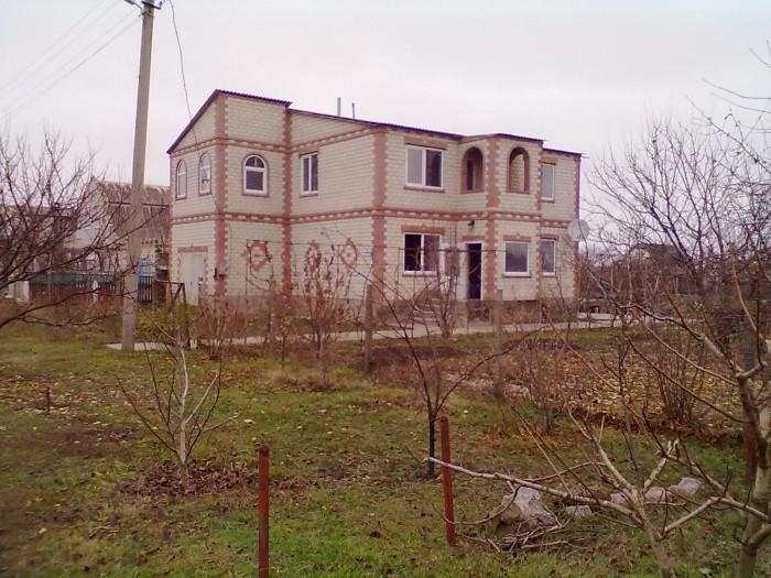 Продается дом в пгт.Лазурное