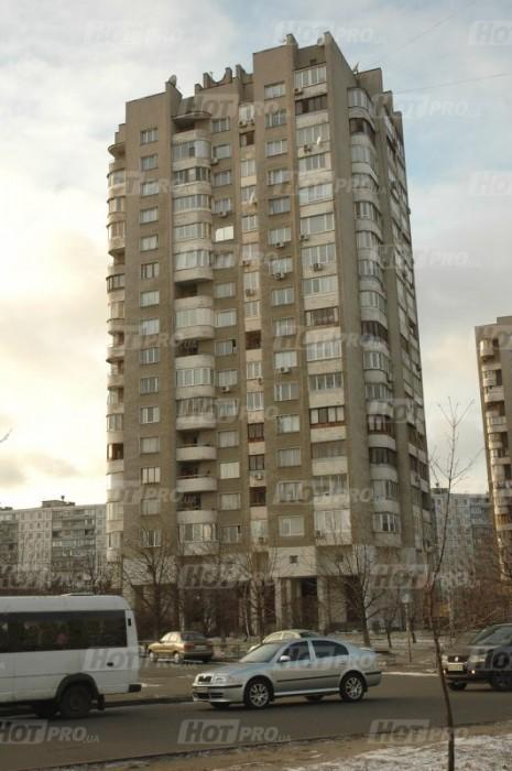 помещение в аренду,аренда от владельца,без процентов,комерческая недвижимость,метро Дарница,киев,офис,магазин,салон,клуб,клиника,аптека,нотариус